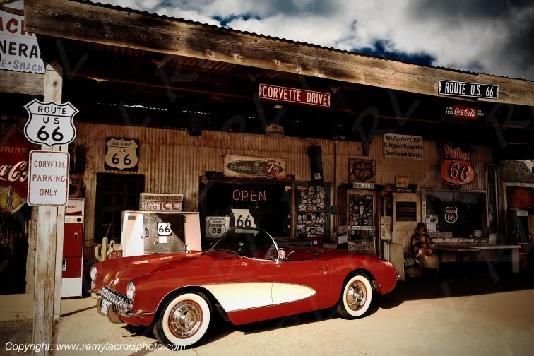 Chevrolet Corvette 1956 Hackberry Trading Post Route 66 Arizona USA