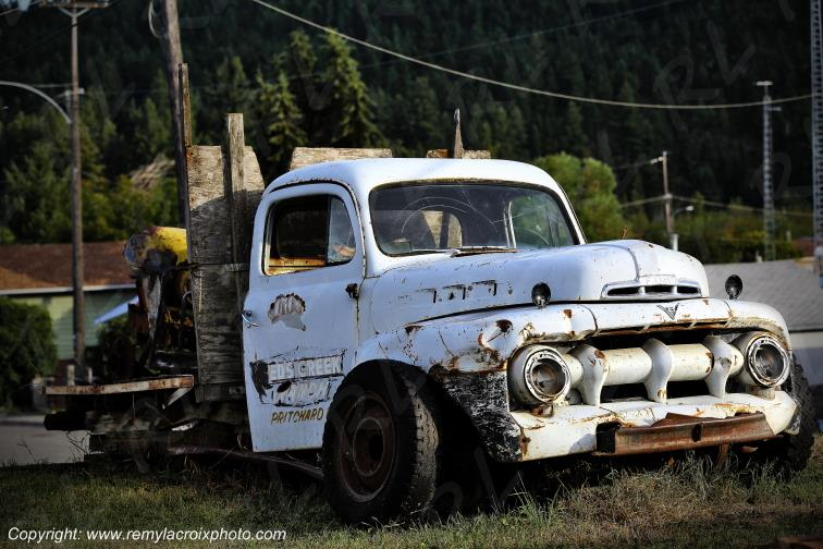 Pickup Truck Ford wreck British Columbia Canada www.remylacroixphoto.com #ford #pickuptruck #canada