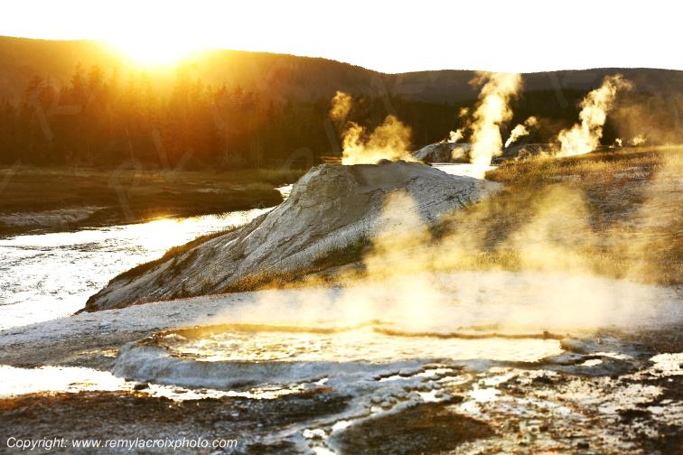 Upper Geyser Basin,Yellowstone Nat'l Park,Wyoming,USA