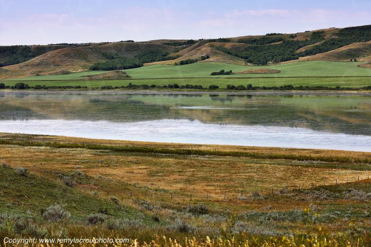 Lac vers Willow Bunch,Saskatchewan,Canada