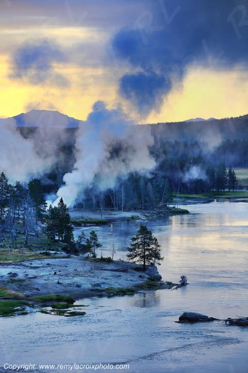 Yellowstone River,Yellowstone Nat'l Park,Wyoming,USA
